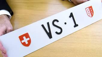 """""""VS 1"""" ist mit einem Preis von 160'100 Franken das teuerste Kontrollschild der Schweiz. (Archivbild)"""