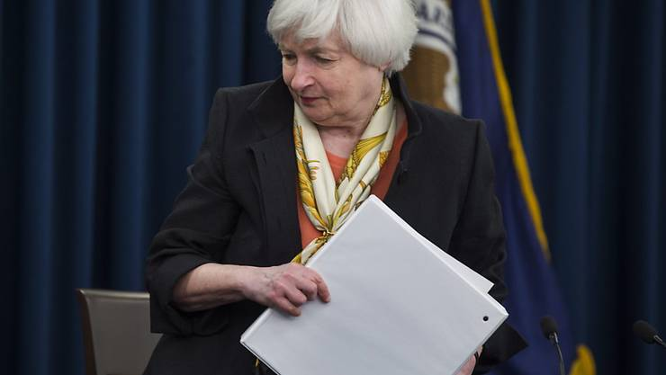 Fed-Cheffin Yellen sieht den Zeitpunkt noch nicht gekommen, den US-leitzins weiter anzuheben. Sorgen bereteiten ihr der mögliche Brexit sowie der US-Arbeitsmarkt.