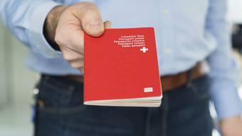 Das Interesse am Schweizer Pass sinkt.