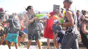 Was manche Wasserkämpfer mit Technik zu erreichen versuchten, gelang anderen mit selbstlosem Einsatz.