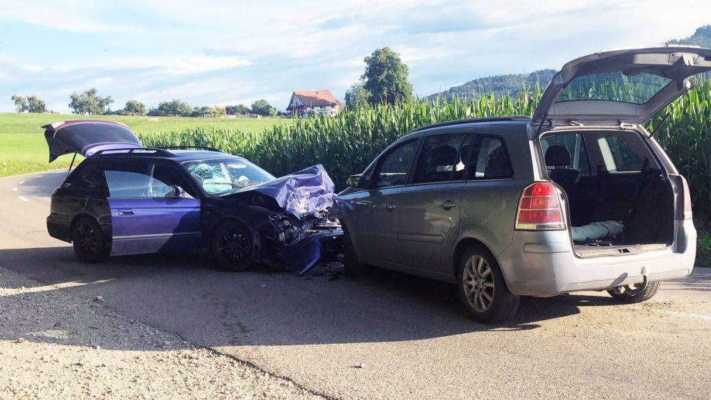 Drei Verletzte bei Frontalkollision in Aadorf