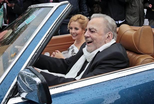 Im August 2013 heiratete Schell die 35-jährige Sängerin Iva Mihanoic.