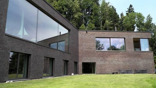 Öko-Waldhaus / Video-Türklingel / Ort der Ruhe