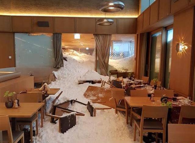 Die Lawine hat grosse Teile des Restaurants zerstört.