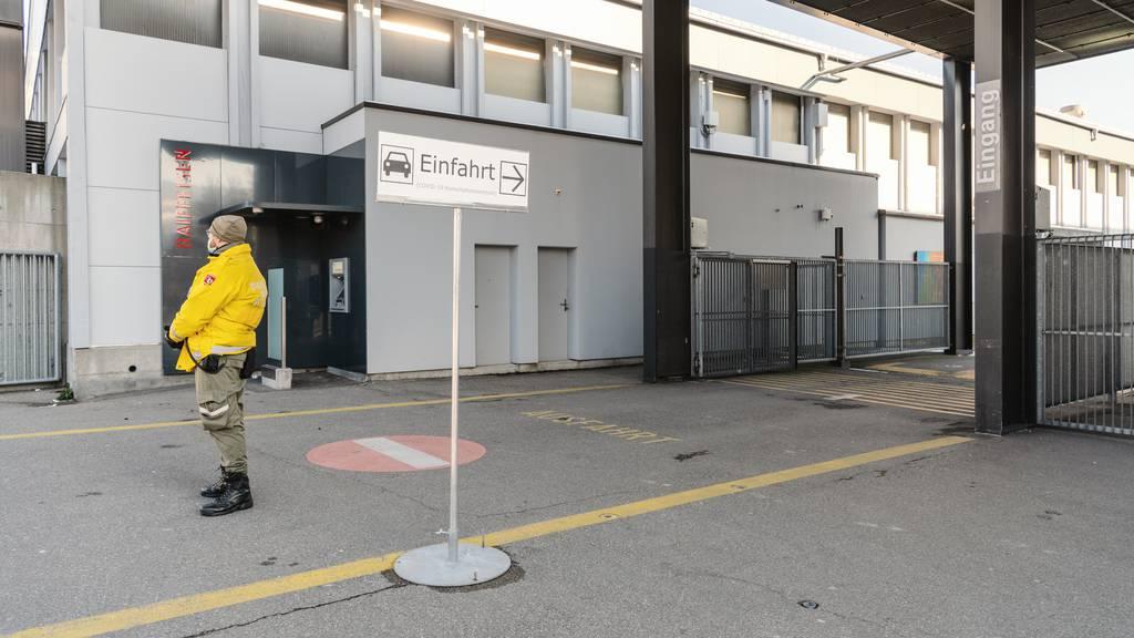 Kanton St.Gallen schliesst Zentren für Corona-Tests