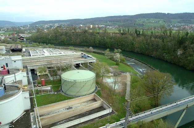Das Abwasser von Turgi und Untersiggenthal wird künftig nicht mehr in der ARA Unterau (im Bild) gereinigt, sondern in der ARA Windisch