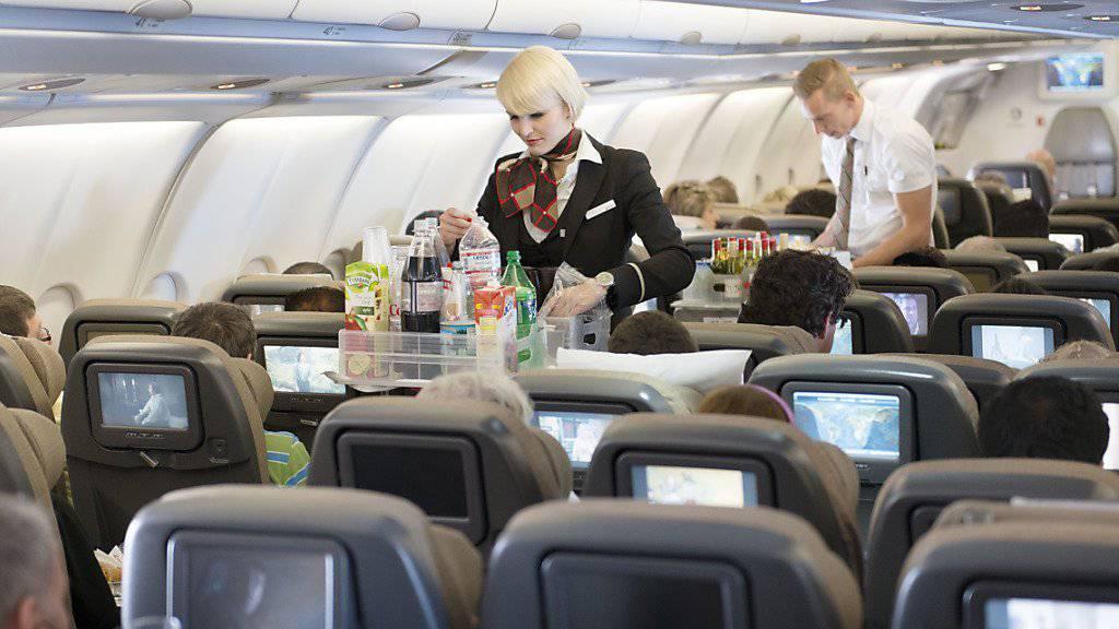 Swiss mit hunderten zusätzlichen Flugbegleitern