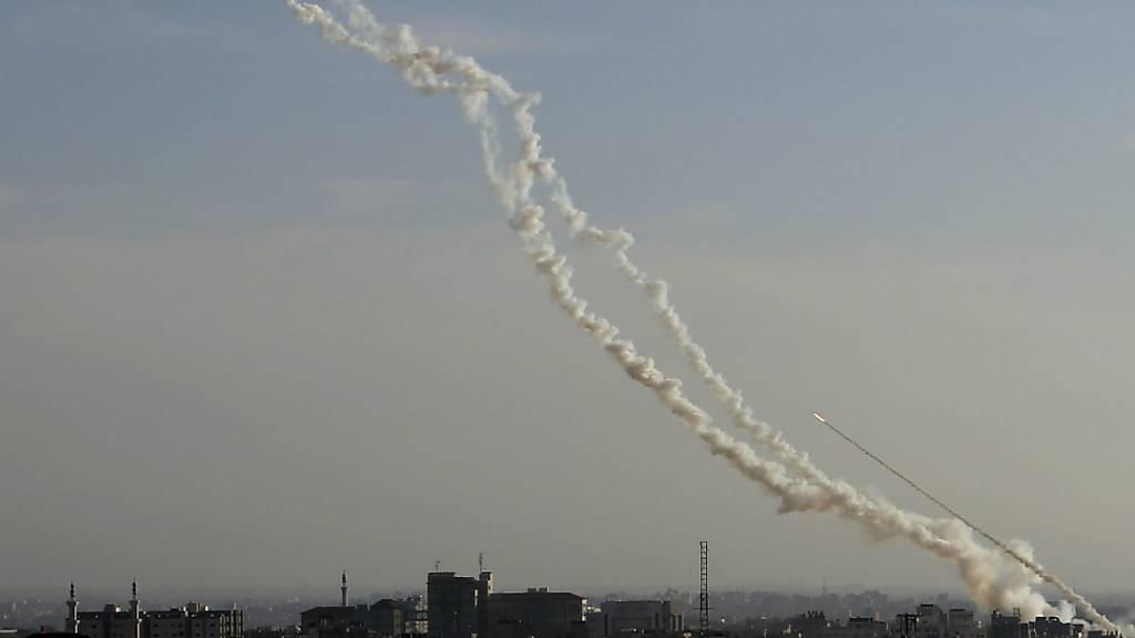 Israel greift nach Raketenangriff aus Gaza Hamas-Ziele an