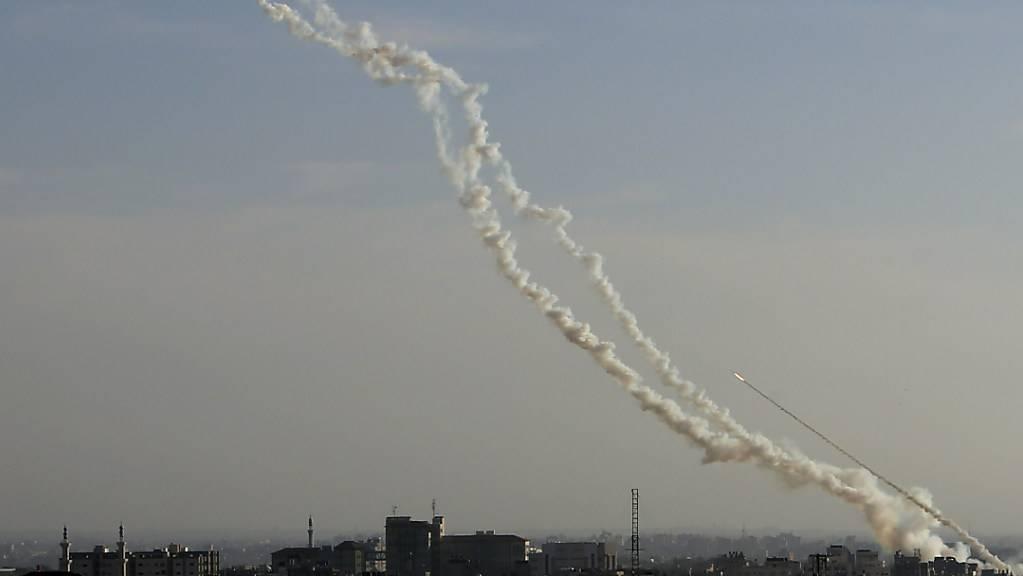 Israel hat in der Nacht auf Samstag bekanntgegeben, Stellungen der Hamas angegriffen zu haben. (Symbolbild)