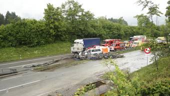 Unfall auf der A1 bei Wangen an der Aare führt zu Verkehrschaos