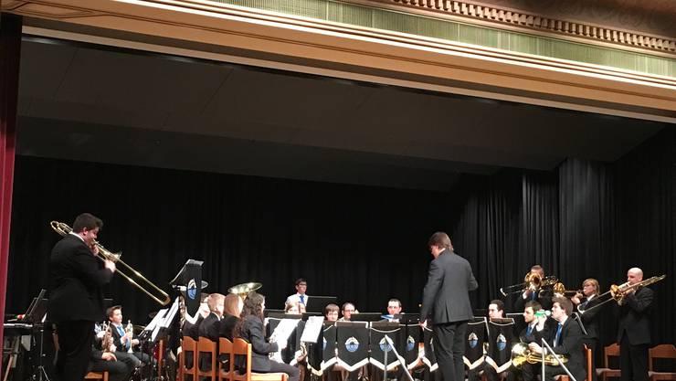 Die Brass Band Imperial Lenzburg B-Band an ihrem Frühlingskonzert 2016
