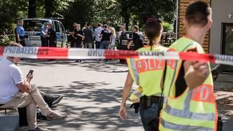 Veloterroristen schiessen neuerdings in Berlin - hier am Schauplatz im Stadtteil Moabit.