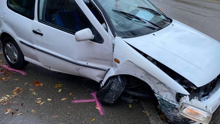 Am Mittwochmorgen verletzte sich ein betrunkener Autofahrer bei einem Selbstunfall in Winterthur schwer.