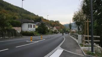 Die Ehrendingerstrasse werde bei der Bushaltestelle Rütenen-Felmen nur selten überquert, heisst es bei der Gemeinde. Auf dem Weg ins Dorfzentrum könnten Fussgänger zudem die Unterführung weiter unten nutzen.