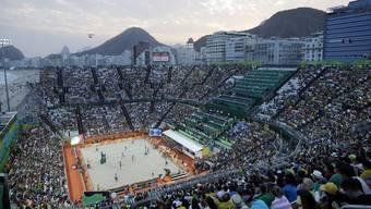 Die brasilianischen Fans üben in Rio einen etwas gar ausgeprägten Fanatismus aus - so auch im Beachvolleyball-Rund.
