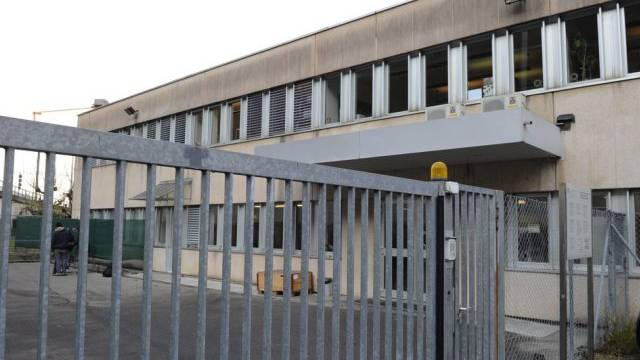 Das Asyl Empfangs- und Verfahrenszentrum in Chiasso