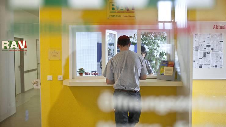 In beiden Basel ist die Arbeitslosenquote um 0,1 Prozentpunkte gestiegen. (Symbolbild)