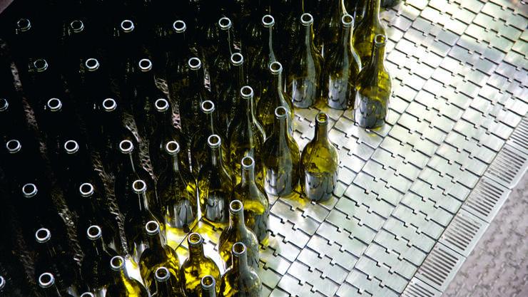 Collections Typologie, Studie zur Weinflasche (Verallia Glas-Fabrik, Albi) Frankreich, 2019
