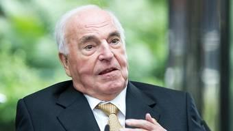 Kopie von Helmut Kohl ist tot