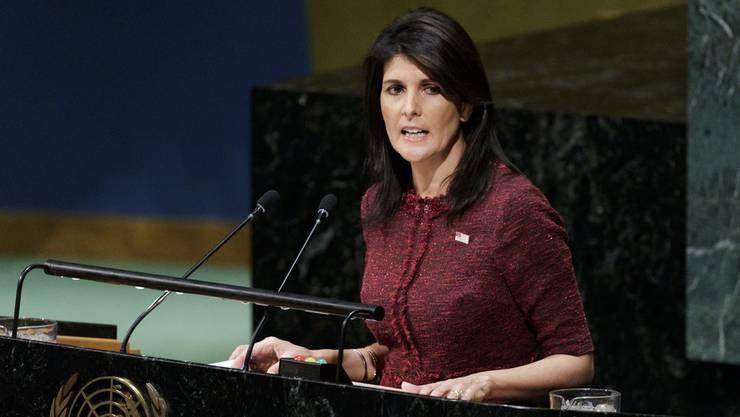 Die US-Botschafterin bei der Uno, Nikki Haley, hat Gerüchte über eine Affäre mit US-Präsident Donald Trump aufs Schärfste zurückgewiesen. (Archivbild)