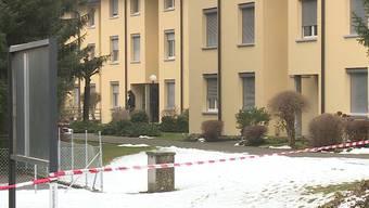 Der bewaffnete 43-jährige Italiener, der am Samstag für einen Grosseinsatz sorgte, wurde laut Nachbarn bereits vorher handgreiflich.
