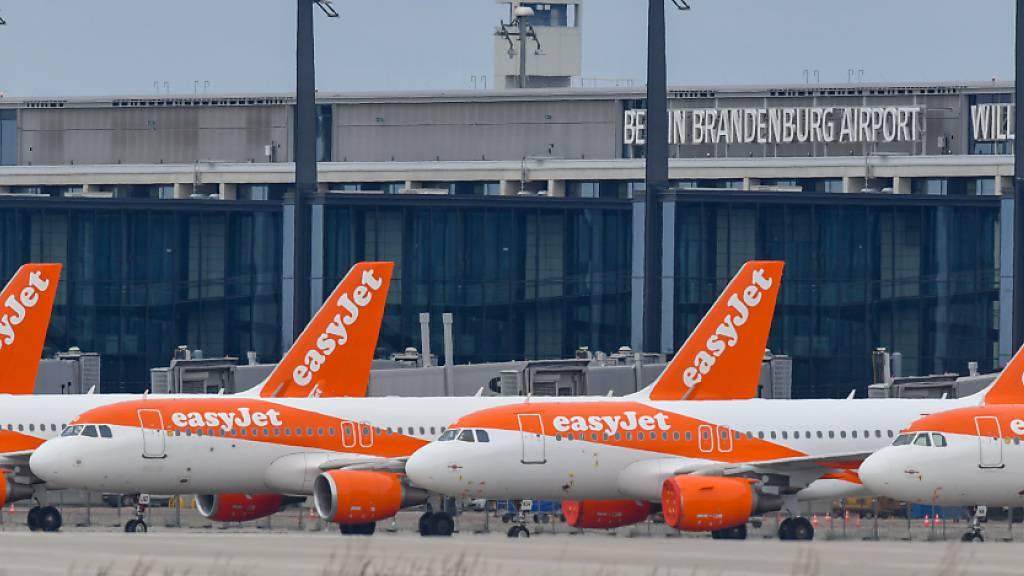Easyjet plant Abbau von 70 Stellen in der Schweiz. (Archiv)