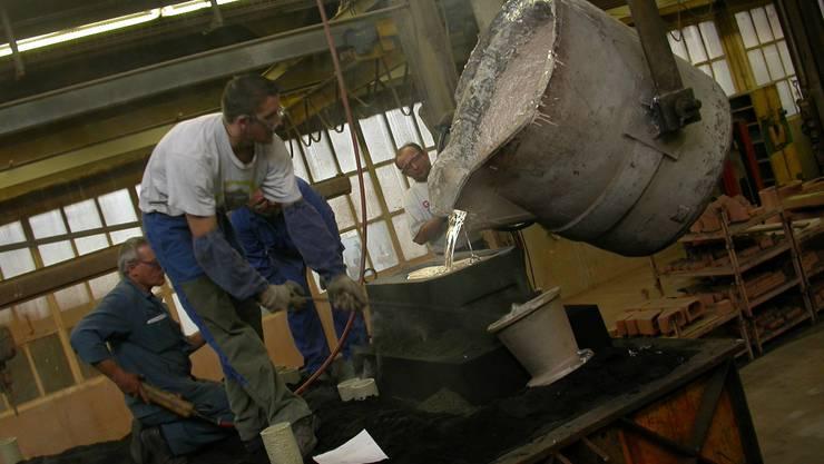 In der Alu Metall Guss AG wird das Aluminium mit Propangas zum Schmelzen gebracht.