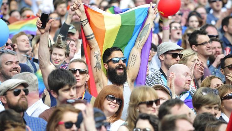 Historischer Entscheid im erzkatholischen Irland: Die Mehrheit des Inselvolks sagt Ja zur Homo-Ehe.