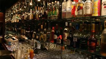 In Zürich werden Club- und Bar-Öffnungszeiten, die über Mitternacht hinausgehen, neu im Amtsblatt publik gemacht lta