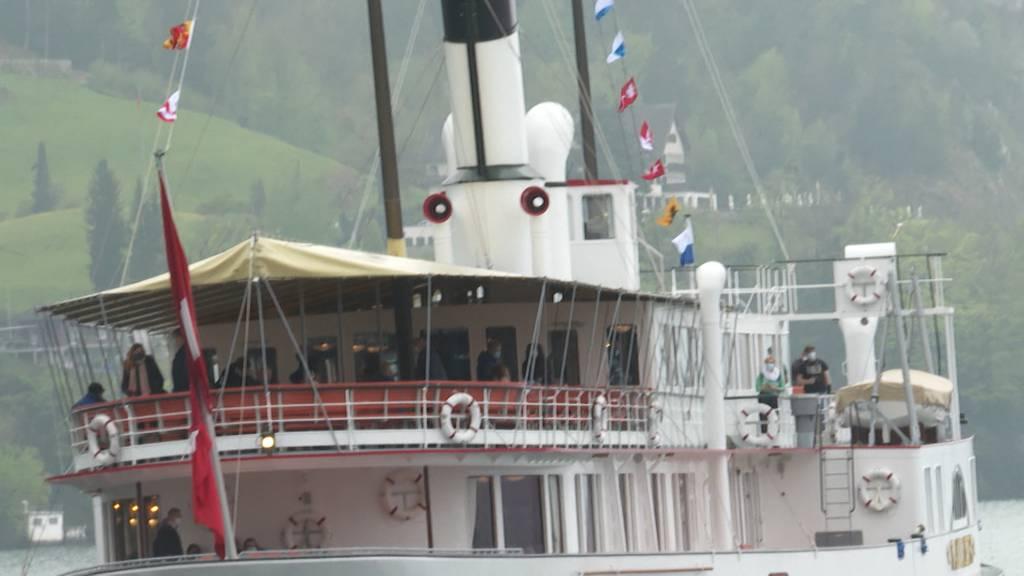 Dampfschiff Stadt Luzern zurück auf Vierwaldstättersee