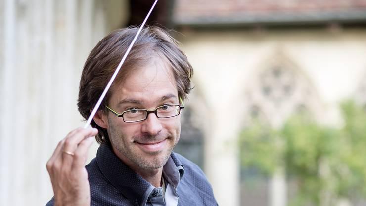 Dirigent Alexandre Clerc im Klosterhof Wettingen. (Sandra Ardizzone)