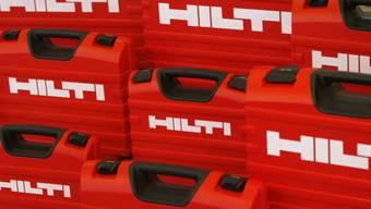 Koffer mit Hilti-Maschinen (Archiv)