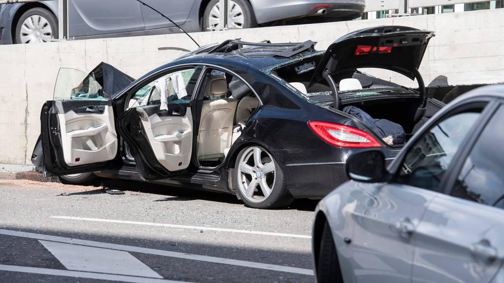 Junge verursachen nur noch halb so viele Autounfälle wie vor zehn Jahren