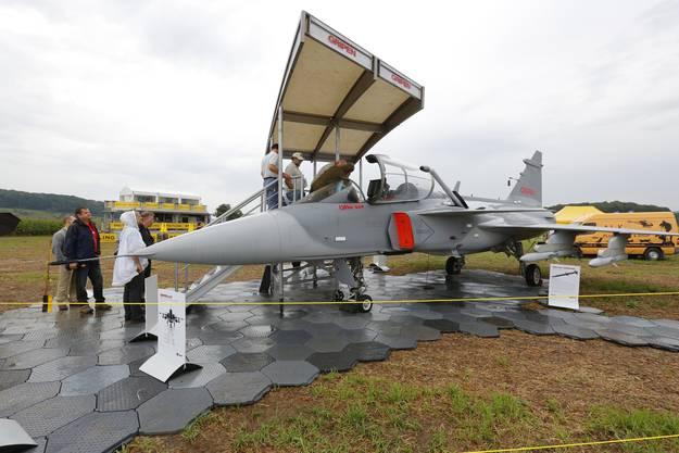 Model des Gripen-Kampfjets