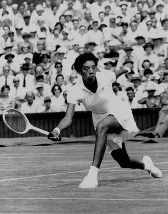 Althea Gibson gewann in den 50er-Jahren als erste schwarze Frau in Roland Garros, in Wimbledon und bei den US Open.