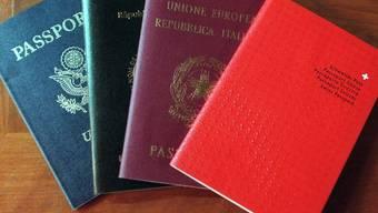Von Einbürgerungswilligen wird das erforderte Niveau im Deutsch mündlich um eine Stufe angehoben. (Symbolbild)