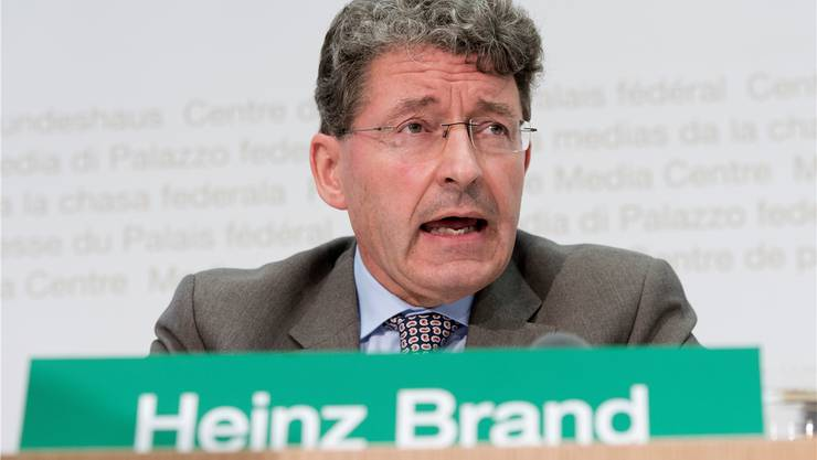 Der Bündner Migrationsexperte gilt als Kronfavorit. Allerdings eher ausser- denn innerhalb der Partei. Sein Handicap: Er gehört nicht zum innersten Machtzirkel rund um Parteistratege Christoph Blocher.
