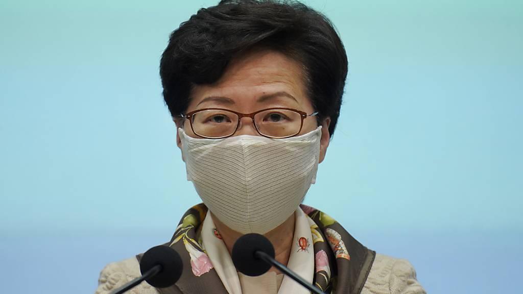 Hongkong verlängert Beschränkungen um zwei Wochen