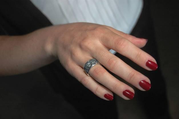 Der Brugg-Ring macht sich gut am Finger