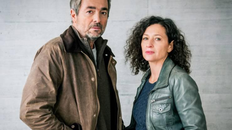 """Für eine spektatuläre Premiere im Einsatz: Stefan Gubser und Delia Mayer spielen 2018 im ersten """"Tatort"""", der komplett ohne Schnitt produziert wurde. (SRF)"""
