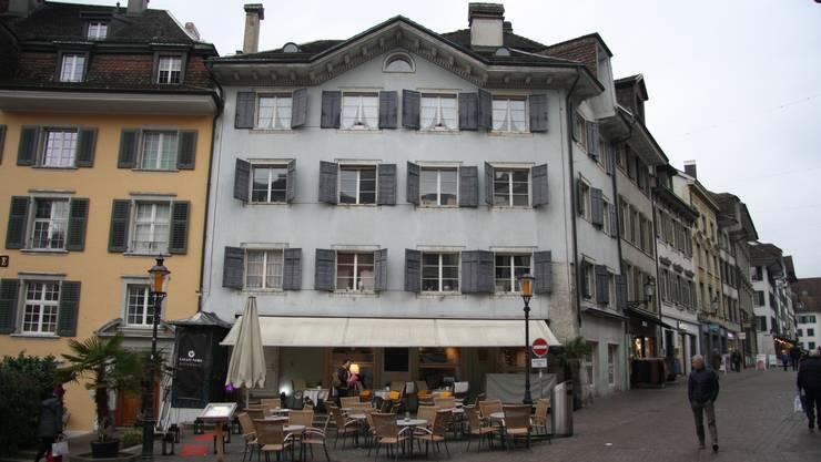 Hier am Märetplatz soll ein neues Restaurant eröffnet werden. (Archivbild)