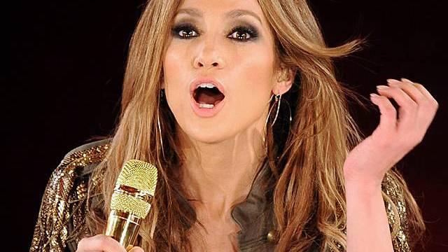 Jennifer Lopez ist eine begnadete Luftgitarren-Spielerin (Archiv)