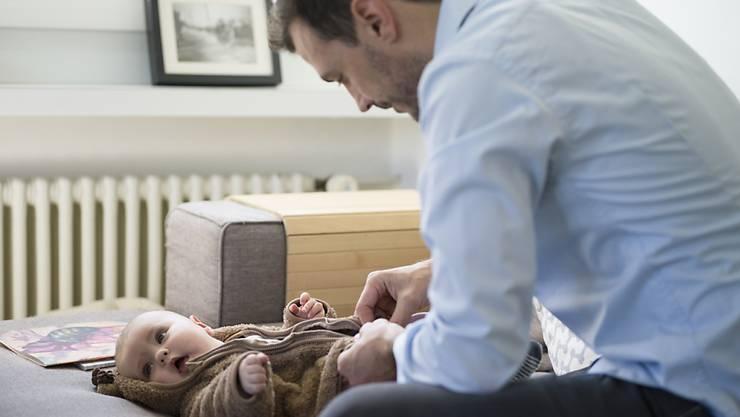 äter sollen sich nach der Geburt auch ums Baby kümmern können. Bild: Keystone