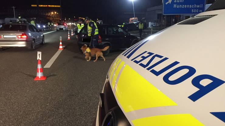 Gezielte Fahndungskontrollen auf der Autobahn: Die Polizei nahm in den beiden Nächten sieben Personen fest