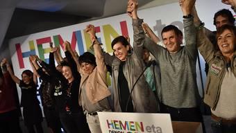 Die linken Unabhängigkeitsbefürworter von EH Bildu feiern ihren Wahlerfolg im Baskenland.