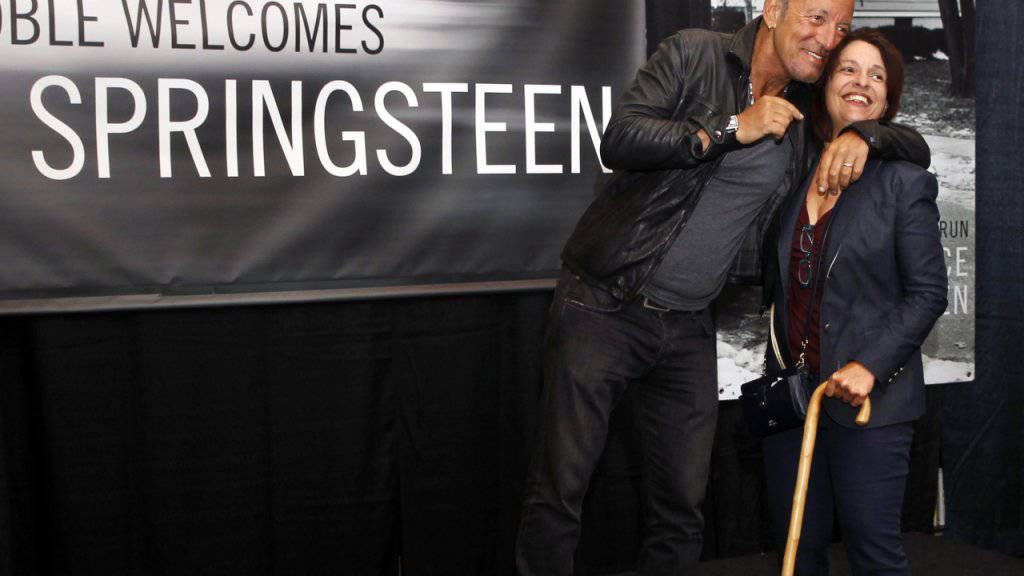"""Bruce Springsteen bei der Präsentation seiner Autobiografie: Nun erhält der """"Boss"""" auch noch ein eigenes Archiv. (Archivbild)"""