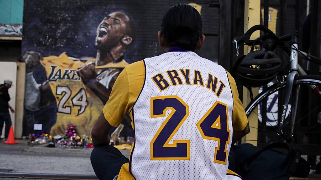33'000 Dollar für Kobe Bryant's Handtuch