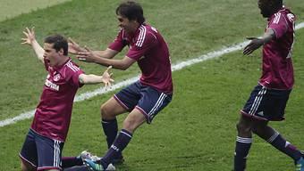 Julian Draxler und Kollegen im Cup-Taumel