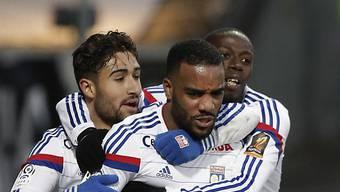 Lyon (im Bild Fekir, Lacazette und Kone) bleibt Leader der Ligue 1