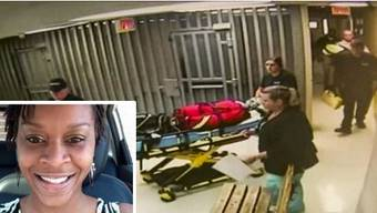 Sanitäter bringen die tote Sandra Bland aus ihrer Zelle. Laut der Staatsanwaltschaft hat die Autopsie keine Anzeichen auf Fremdeinwirkung ergeben.